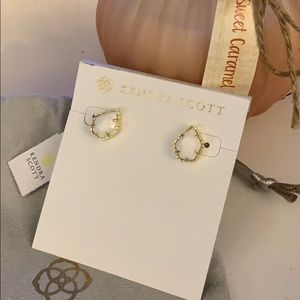 Kendra Scott Earrings NWT